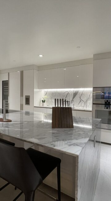 08_19-408_Bal_Harbour_Oceana6_KITCHEN_02